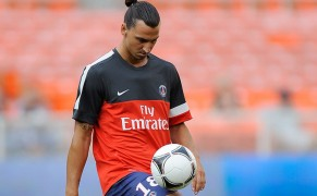 _Paris_Saint_Germain_1213_Training_Kit