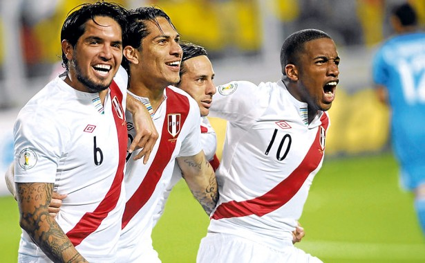 _Peru_National_team_1112_Home_Kit