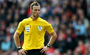 _Premier_League_1213_-Referee_Kit_Yellow